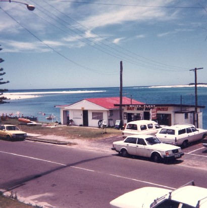 The Old Clubhouse around 1985 with The White Fleet next door